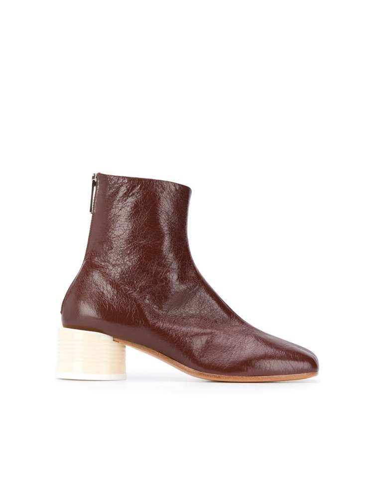 ANKLE-LENGTH BLOCK HEEL BOOTS - 아데쿠베