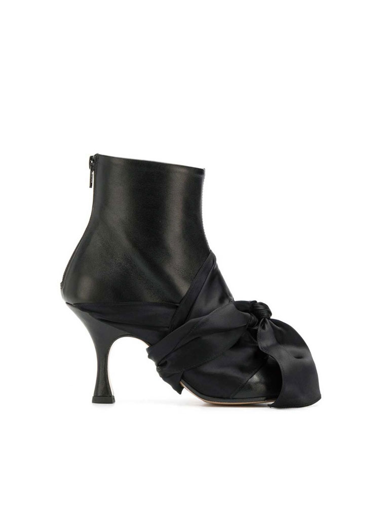 MM6 앵클 부츠  BLACK TIED ANKLE BOOTS - 아데쿠베