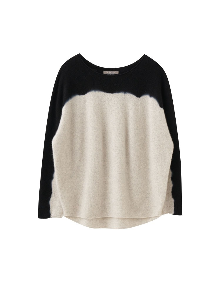 CASHMERE SEAMLESS WIDE PULLOVER - 아데쿠베