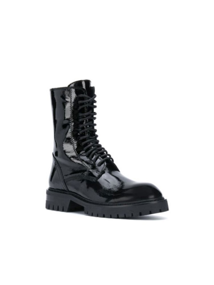 PATENT LEATHER LACE-UP BOOTS - 아데쿠베