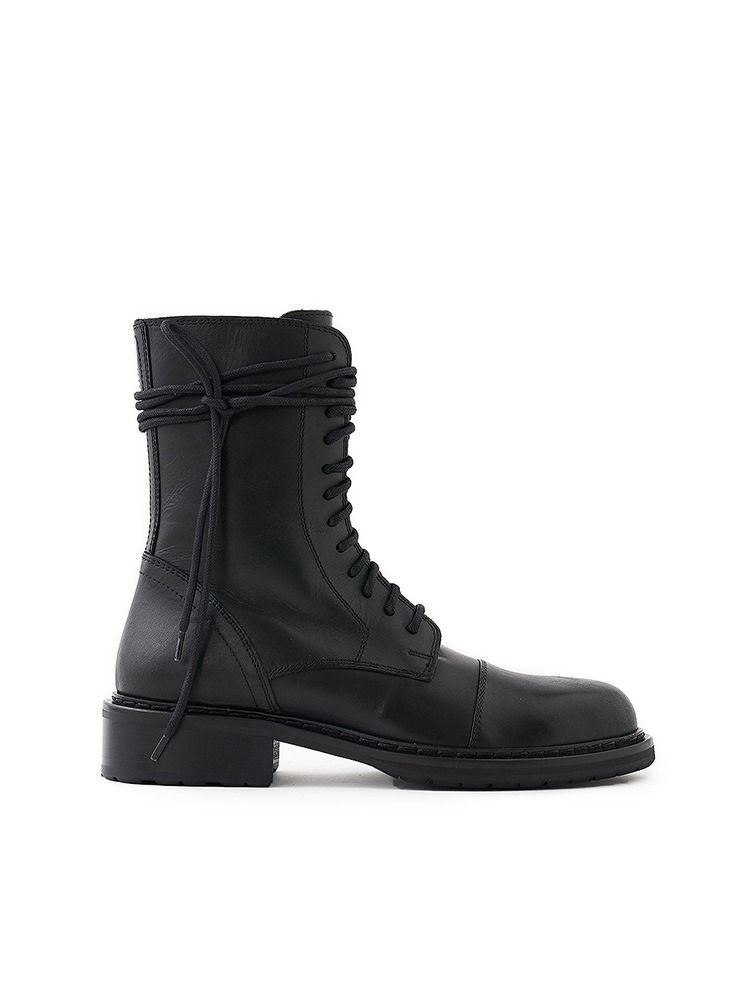 LACE UP LEATHER BOOTS - 아데쿠베