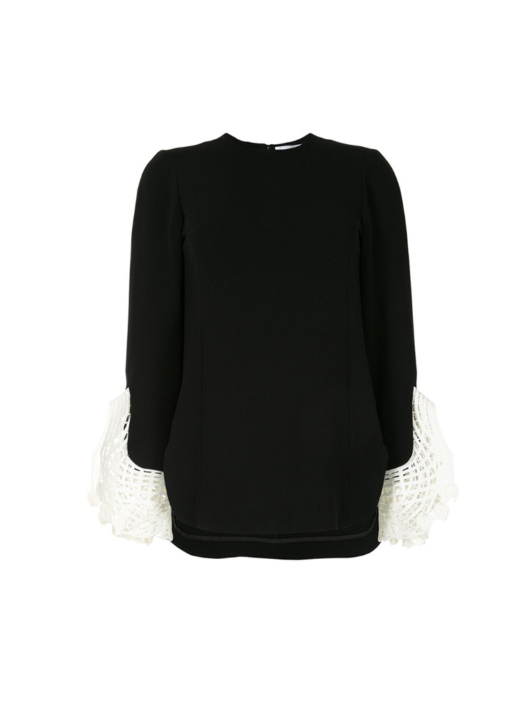EMBROIDERED CUFF TOP - 아데쿠베