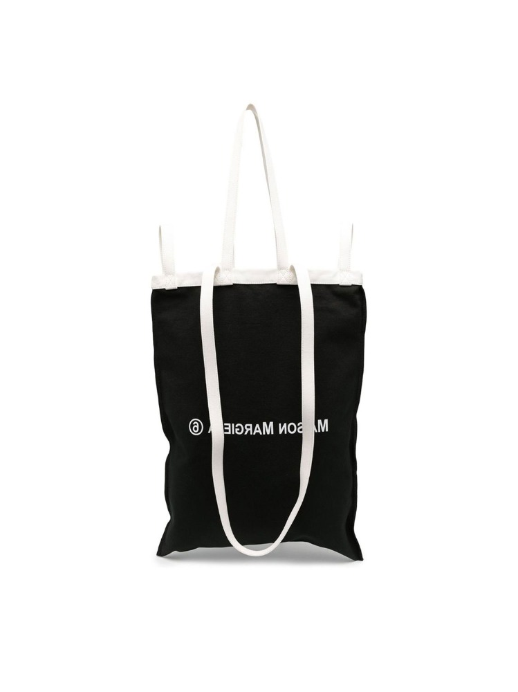 BACKWARDS LOGO PRINT TOTE BAG - 아데쿠베